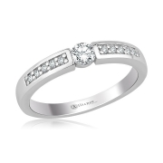 S1008 verlovingsring rijk bezet met briljant van Alliance