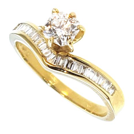 3479-071 Geelgouden damesring met 0.71 crt. diamant radiant-briljant